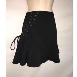 Express Skirt Size 4 Womens Black Lace up Detial